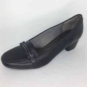 Life Stride Evette Black Pumps Size 11